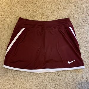 Nike dry fit maroon tennis/golf skirt shorts under